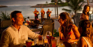 aulani-amaama-dining-beachview-hero-g