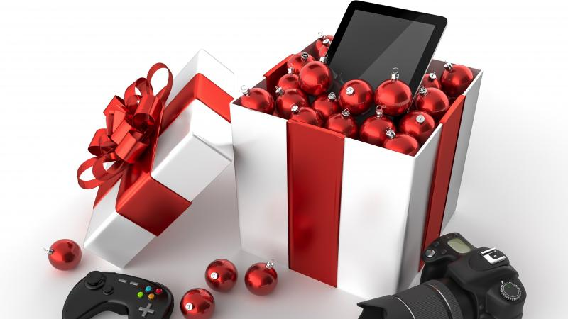 the hottest holiday gifts for the techie in your life with digital